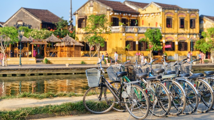 A ride down this road takes you past the nearly 2000 limestone crags of Ha Long Bay, through the imperial city of Hué, the evening lanterns of Hoi An, and along an endless stretch of beautiful sandy beaches.