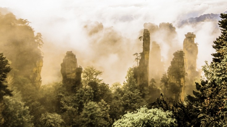 Zhangjiajie National Forest Park lies in the subtropical belt