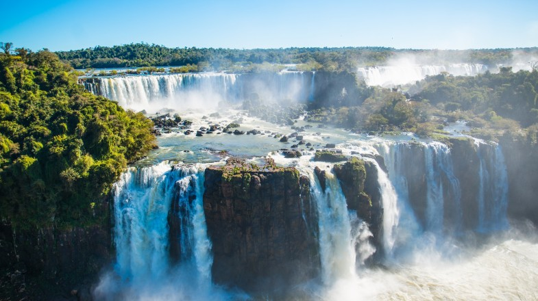 You cannot not visit the series of strong waterfalls at Iguazu Falls during your Argentina itinerary.