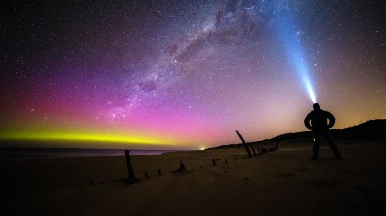 Aurora australis over the south coast of Australia