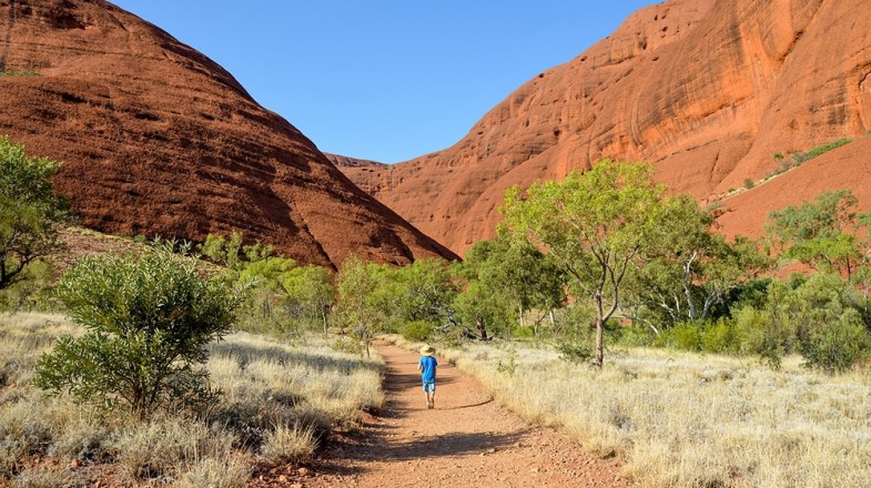 Visiting the outback in Australia on a 7 day Australia itinerary