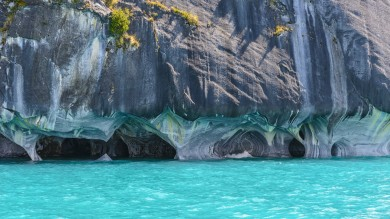 Region de Aysen (Aysen Region) in the Chilean Patagonia still remains in pristine conditions. Marble Caves is one of the natural phenomenon it flaunts.