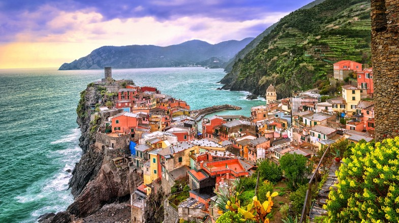 Cinque terre hiking, one of the most beautiful hiking trails in Italy; also a UNESCO World Heritage Site is nestled along the rugged Italian Riviera coastline.