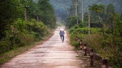Cycling in Vietnam opens up many different routes to enjoy in slow pace