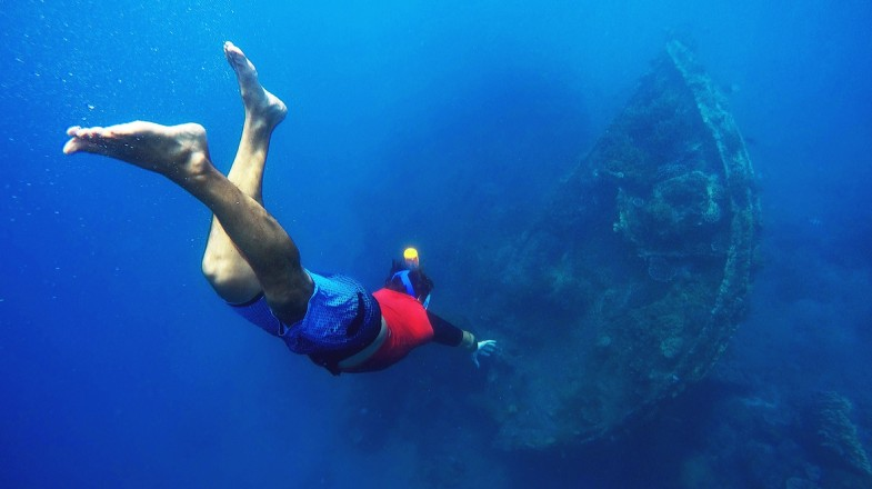 Diving in Indonesia is a fun activity that you cannot miss.