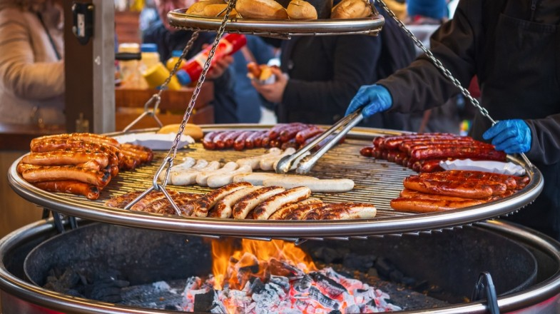 Some of the best food tours allow travelers to get closer to the destination they are visiting.