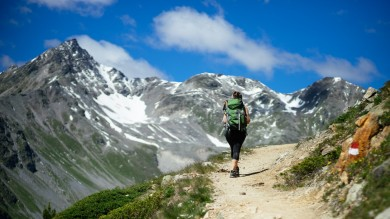 Hiking in Italy provides some awe-inspiring views to die for. Caught up in the magic of ancient historical landmark, it provides some best hiking trails in Italy.
