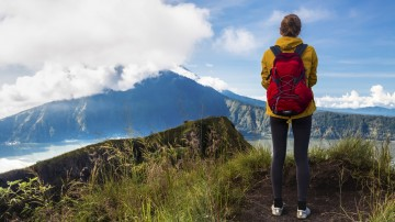 Indonesia may be known for its beaches but to those thinking about hiking in Indonesia, its has some spectacular hiking trails.