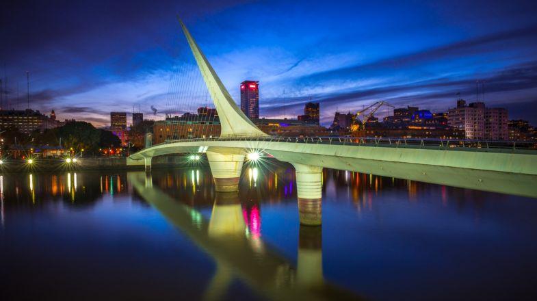 Puente de la Mujer, in Buenos Aires, Argentina