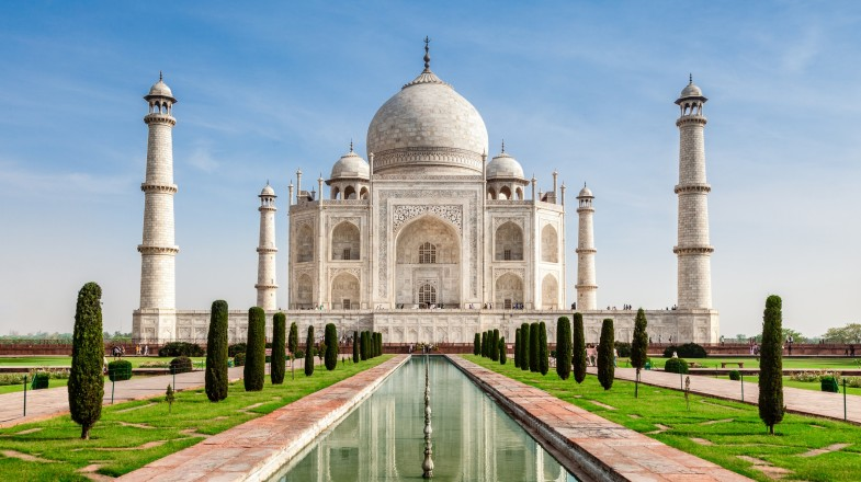 Often referred to as being the most beautiful building in the world, the Taj stands out among Agra's haze like a beautiful mirage.