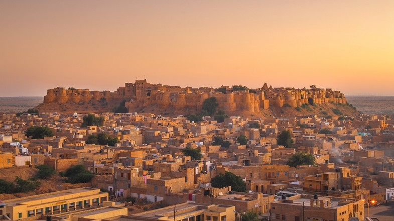 Rajasthan offers festivals, bazars, wildlife sanctuaries and the picture-perfect Thar desert attracting increasingly more visitors. Welcome to your Rajasthan tour.