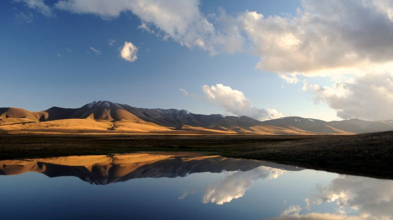 Lake Song Kol is a must visit on your holiday to Kyrgyzstan