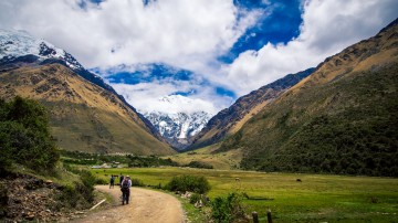 Machu Picchu Lodge trek is perfect for those who want to trek in comfort