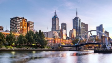 A city of festivals, museums and food, there are a lot of top places to visit in Melbourne.