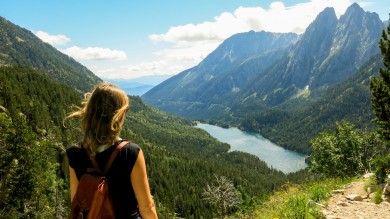 The Spanish Pyrenees stretches from the Atlantic Ocean in the west to almost the Mediterranean coast in the east, with lots of hiking and trekking opportunities.