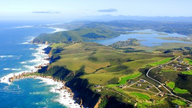 The 300 km road trip that is Garden Route takes you through the seaside town of Knysna.