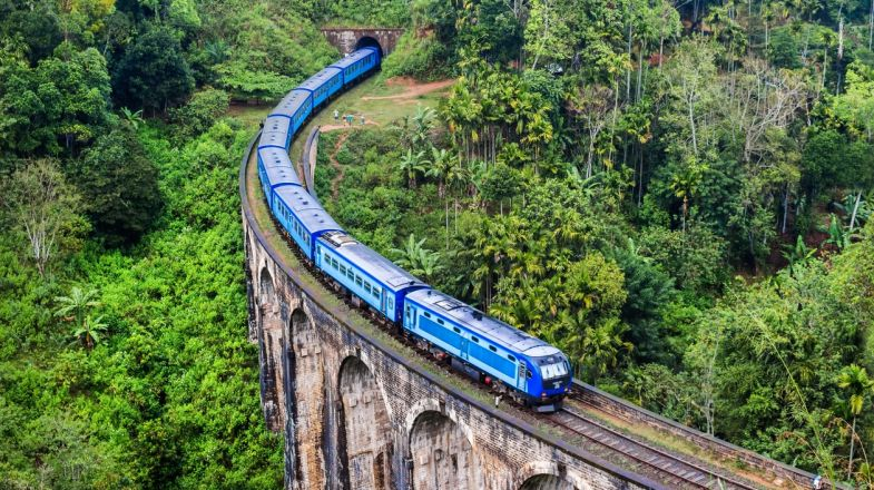 The Nine Arches Bridge is a top thing to do while on a holiday to Sri Lanka
