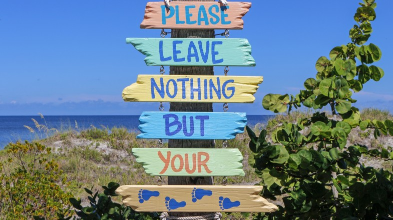 Sign board encouraging sustainable travel