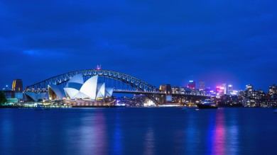 If you are looking for things to do in Australia, you will not be disappointed. From scuba diving to surfing, hiking or sailing, Australia has it all.
