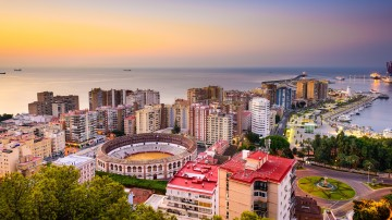 From sizzling Flamenco performances to sandy beaches, delicious food, and rich art and history, Malaga has it all.