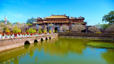 Spend two weeks in Vietnam and visit Imperial City in Hue