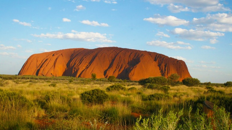 Uluru tour gives you a chance to explore the Red Center and the aboriginal culture of the Anangu people.