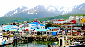 Ushuaia may look relatively quiet and quaint, however there are plenty of things to do in Ushuaia that will keep you occupied for several days.