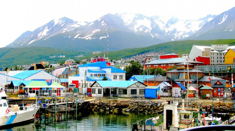 Wonder what holidays at the end of the world would look like? Then make sure to book a trip to Ushuaia.