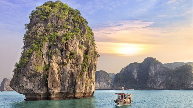 Vietnam has been blessed with over 3,000 kilometers of coastline, pristine forests, mountain ranges, and some of the most impressive limestone pinnacles and plateaus