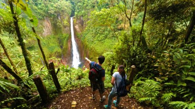 There are many waterfalls that you can explore in Costa Rica