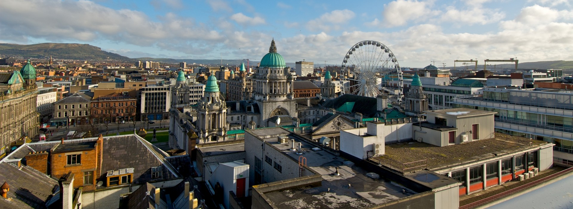 Travelling Belfast - Tours and Trips in Belfast
