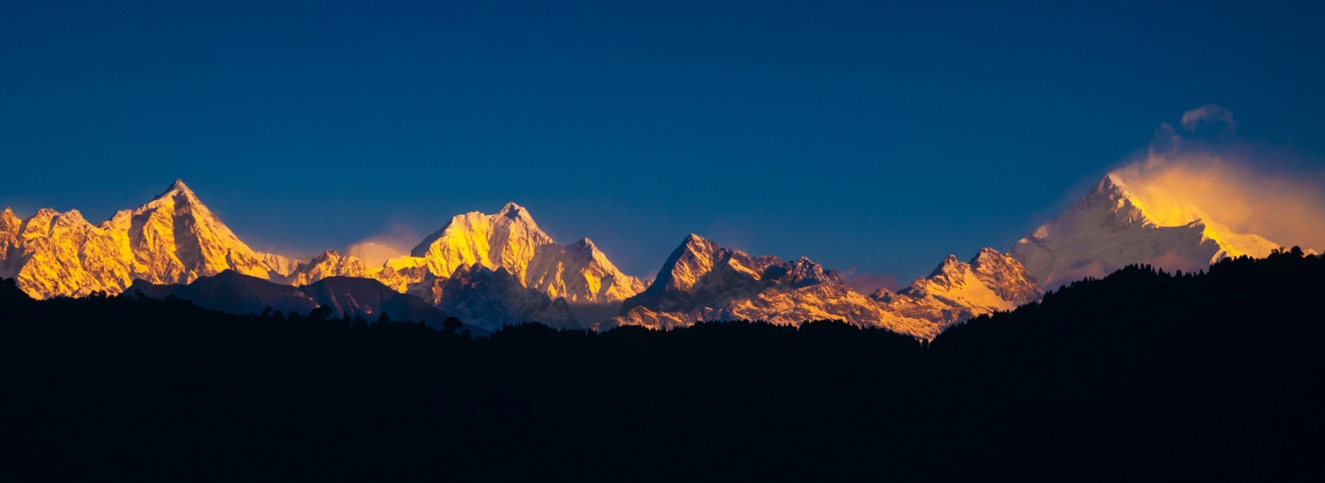 Evening view of the Kanchenjunga range taken from the Kanchenjunga Trek in Nepal