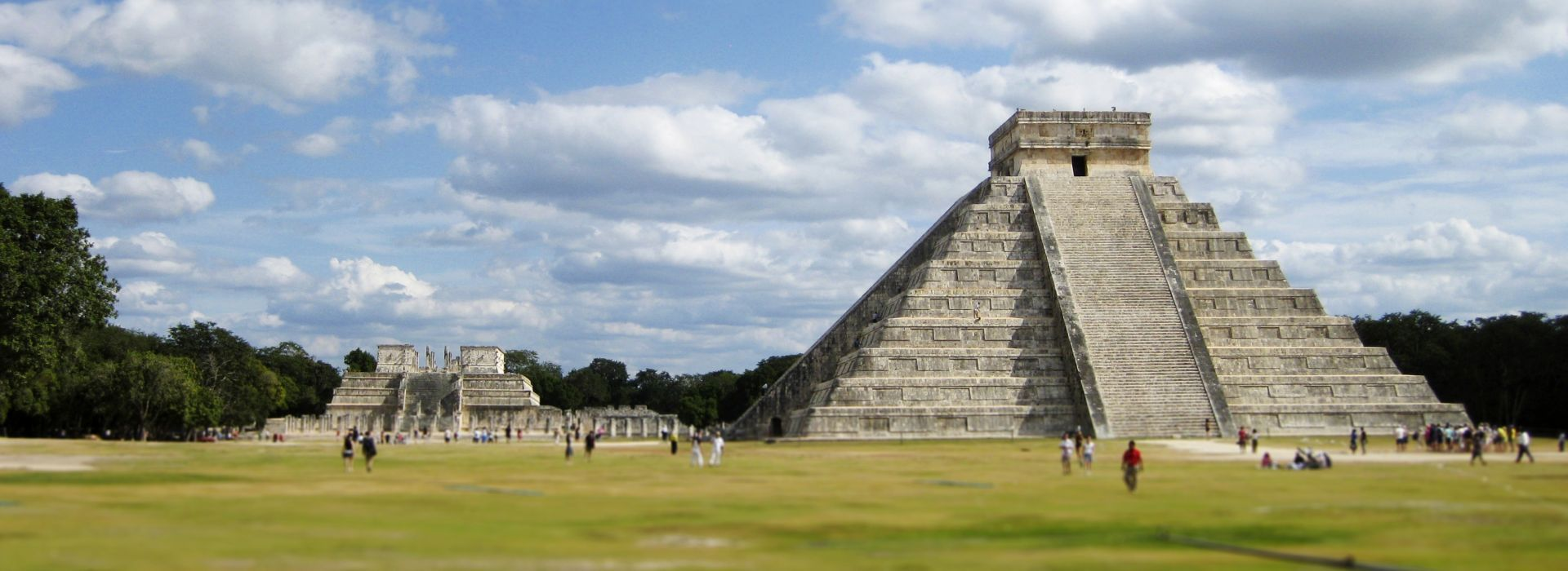 Air tours, road trips and transfers in Mexico City