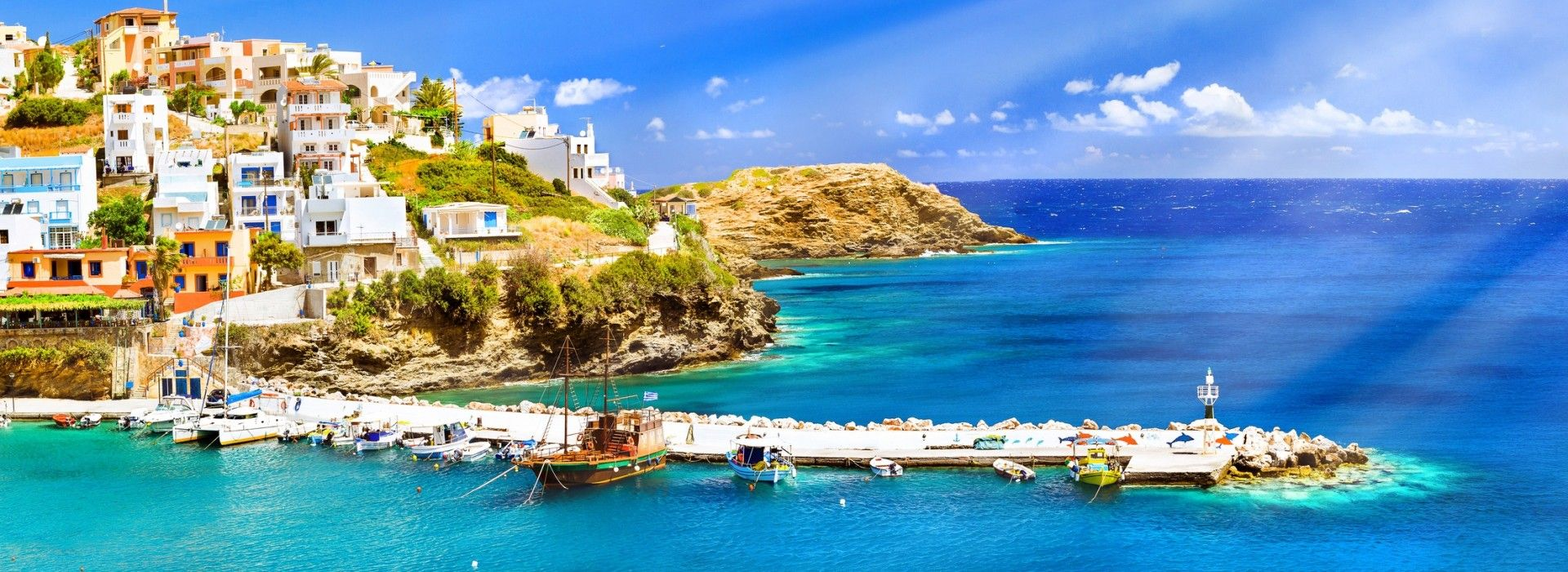 Boat tours, water sports and marine wildlife in Greece