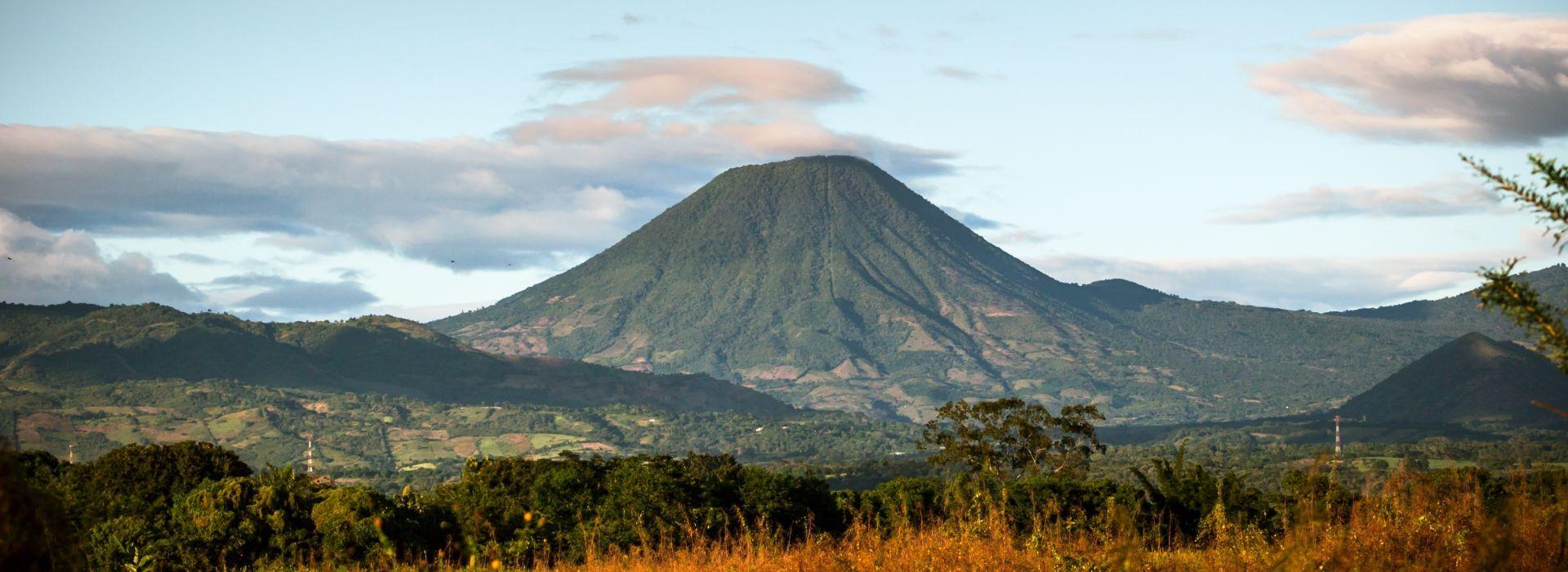 El Salvador Tours and Trips to El Salvador