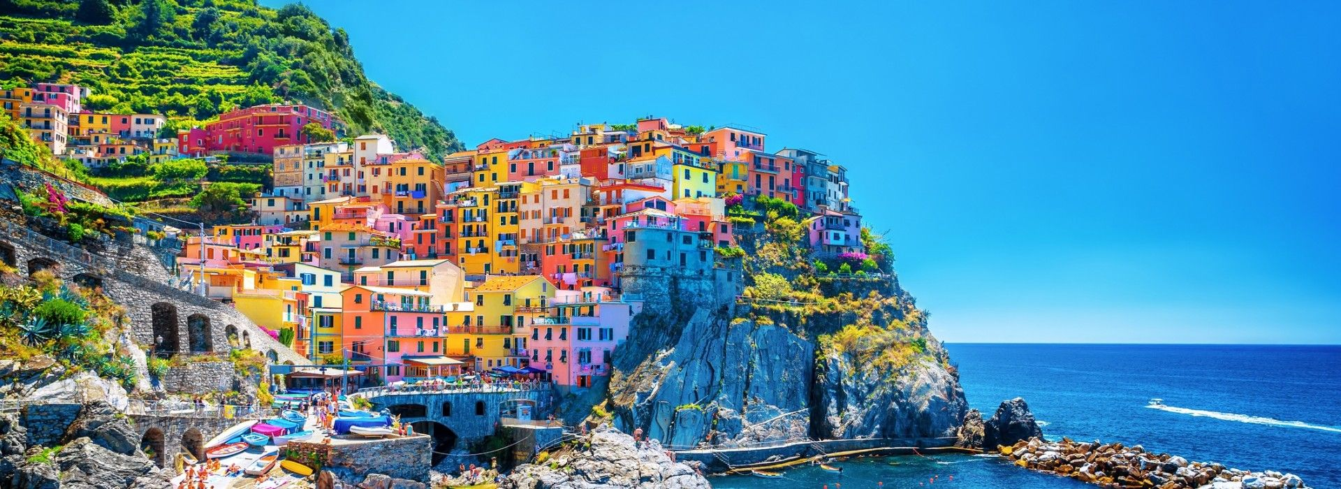 It is a must to take a Cinque Terre trip when in Italy.