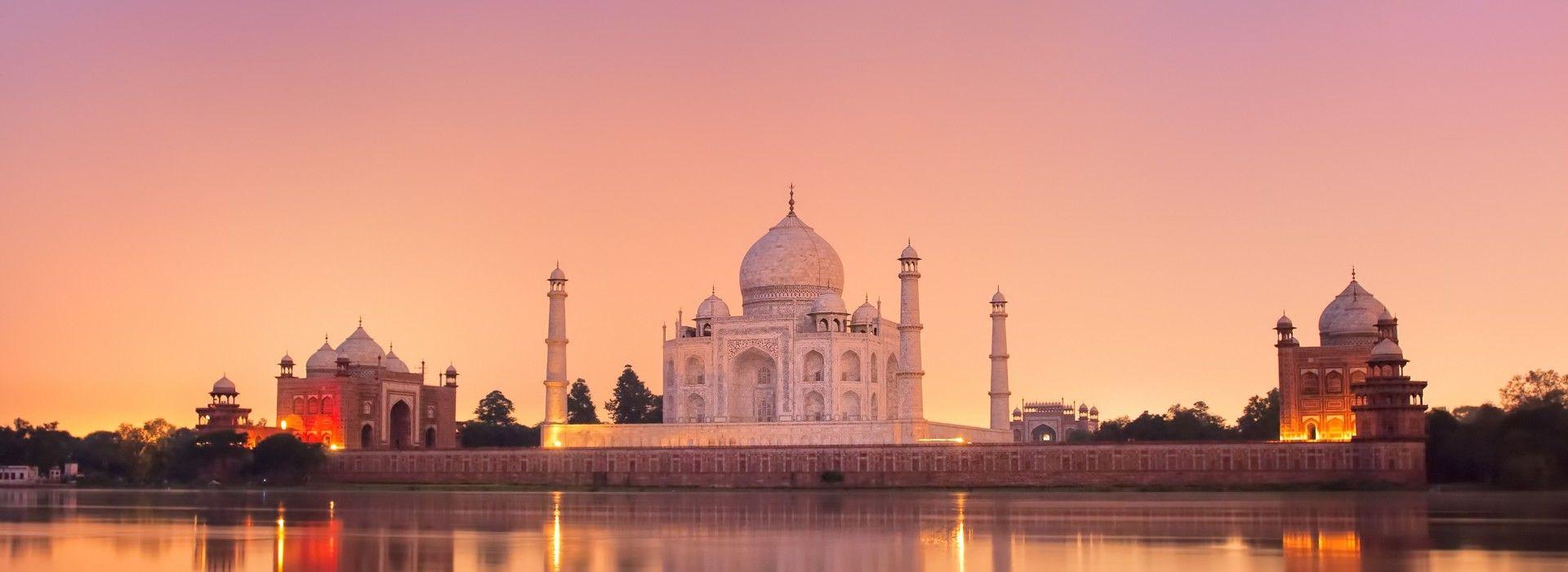 Natural landmarks sightseeing Tours in India