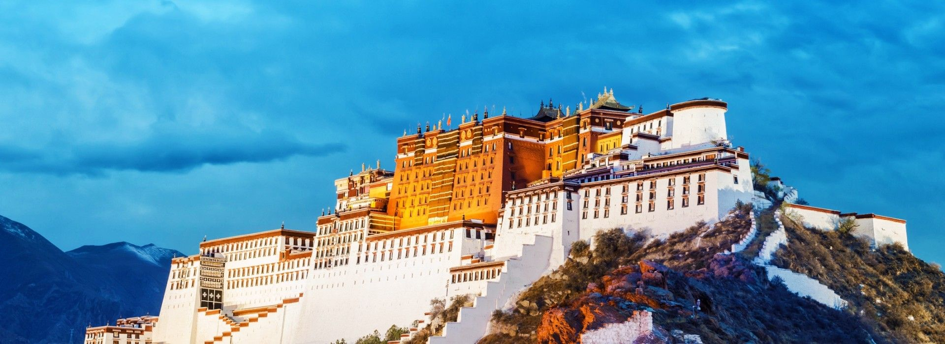 Tibet tours and Trips to Tibet