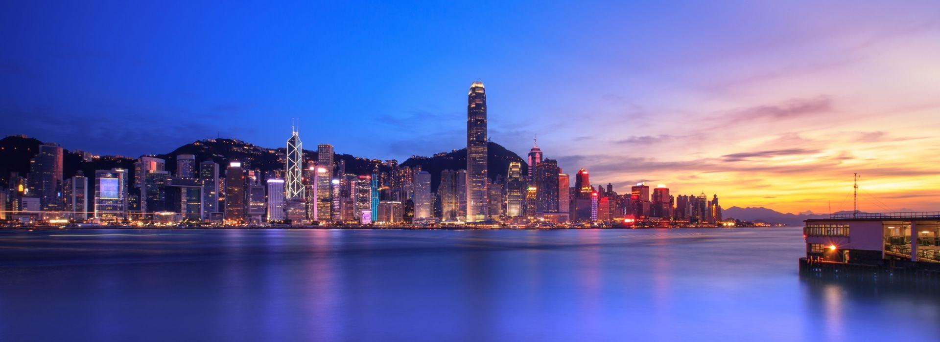 Walking tours in Hong Kong