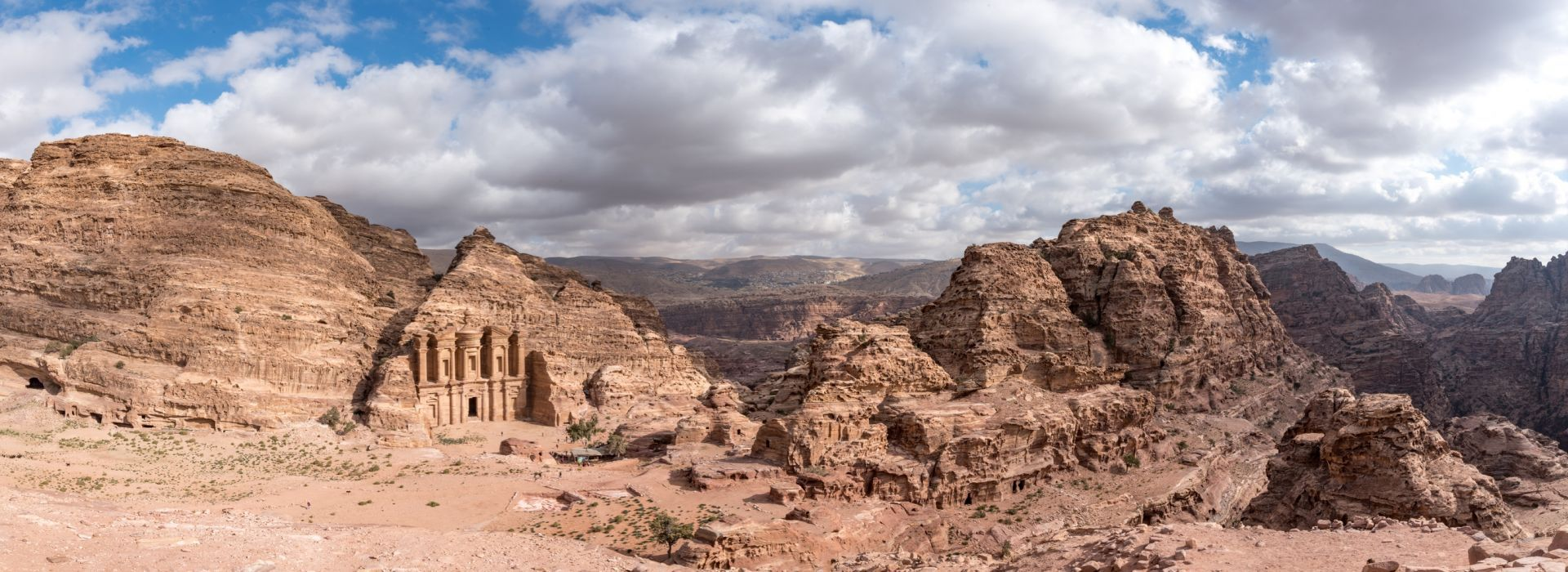 Walking tours in Jordan