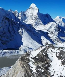 Gokyo Lakes Trek Tours