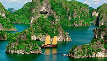 10-day Relaxing Vietnam Tour: Beaches, Bays & Deltas