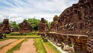 12-day Luxury Essential Vietnam Tour