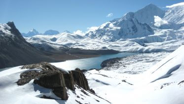 15 Day Annapurna Circuit Trek with Tilicho Lake