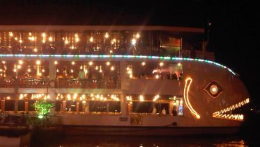 2 Hours Cruise And Dinner On Saigon River