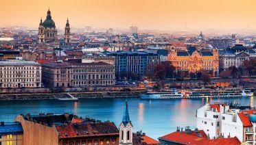 25-minute Flight above Budapest