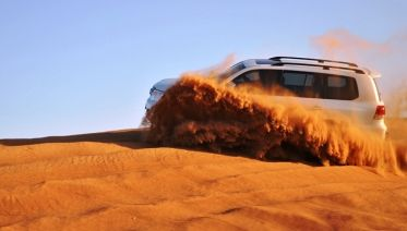 4x4 Desert Safari With BBQ Dinner In Dubai