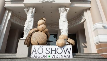 À Ố Show In Ho Chi Minh City