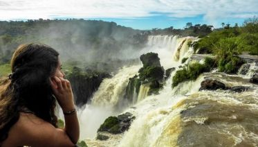 Afternoon Brazil Iguazu Falls Tour (Bra to Arg)