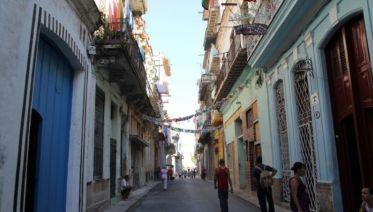 Amando Cuba Homestay Experience 12D/11N